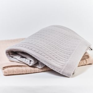 Cable Knit Cashmere Throw